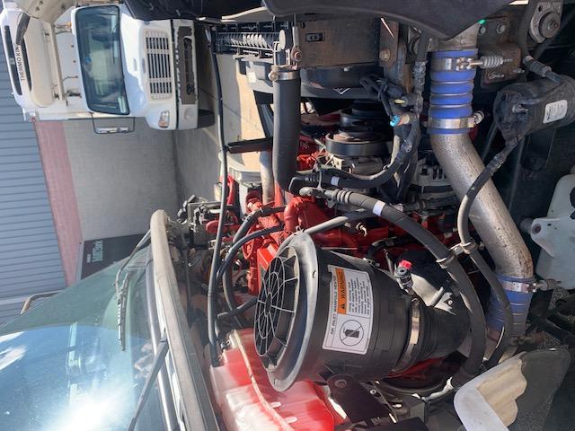10214 - 2013 Mitsubishi Fuso 4 Bay Beverage Truck